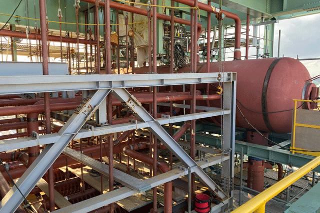 バイオマス発電所建設工事 高圧ボイラー配管据付